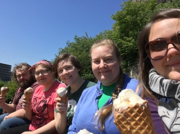 A few of the EMPP team enjoying a little ice cream after a session in the garden over the summer.